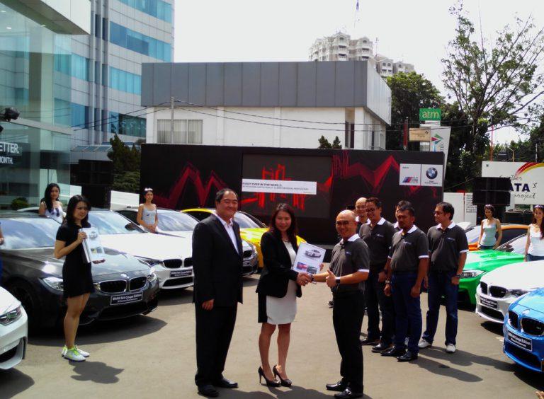 BMW Serahkan 12 BMW M4 Coupe yang Dirancang Khusus untuk M Owner Club Indonesia