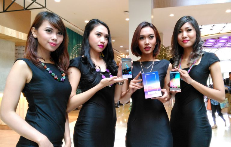 Setelah Jepang dan AS, Sharp Aquos Crystal Dipasarkan di Indonesia