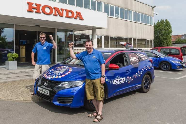 Honda Civic Tourer Diesel Catat Rekor Guinness World Record