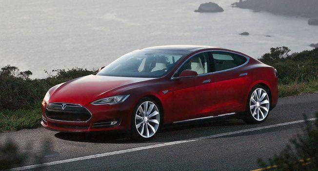 Rencana Besar Uber dan Tesla Singkirkan Supir Taksi dengan Mobil Autonomous