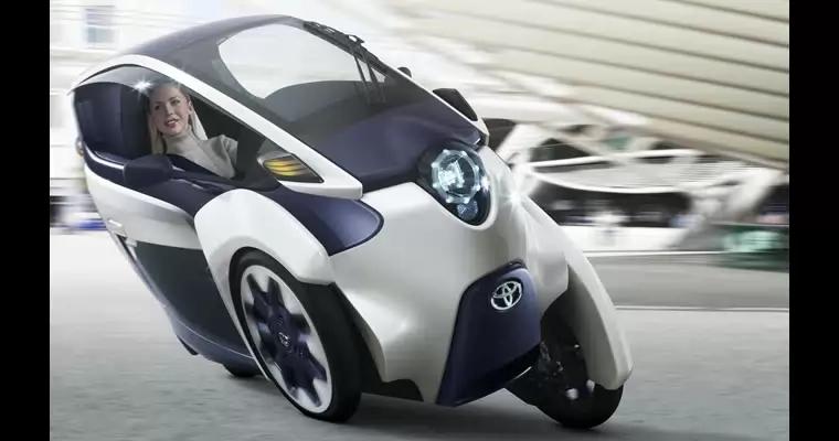Toyota i-ROAD: Inikah Mobil Personal Ideal untuk Jalan Sempit di Perkotaan?