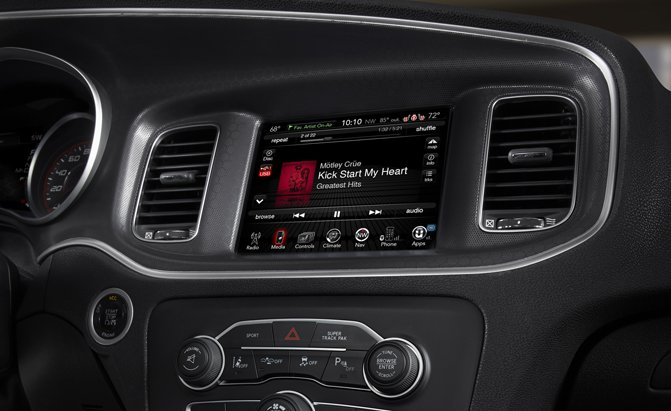 Diduga Mudah untuk di-Hack, Fiat Chrysler Recall 1,4 Juta Kendaraannya