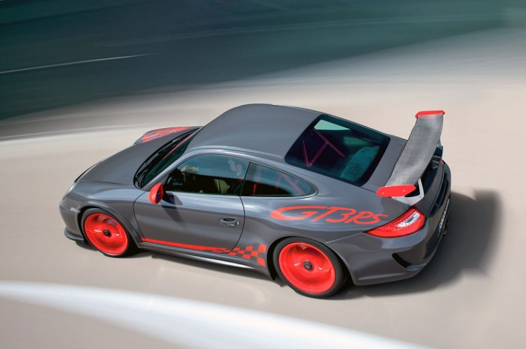 Beli Porsche di GIIAS 2015, Konsumen Dijanjikan Paket Spesial