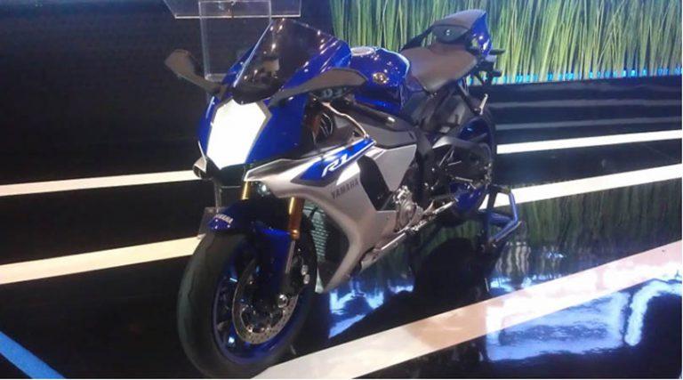 Yamaha Luncurkan New R1 di GIIAS 2015