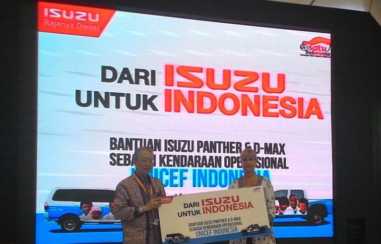 Gelar CSR, Isuzu Berikan Dua Mobil Operasional untuk UNICEF