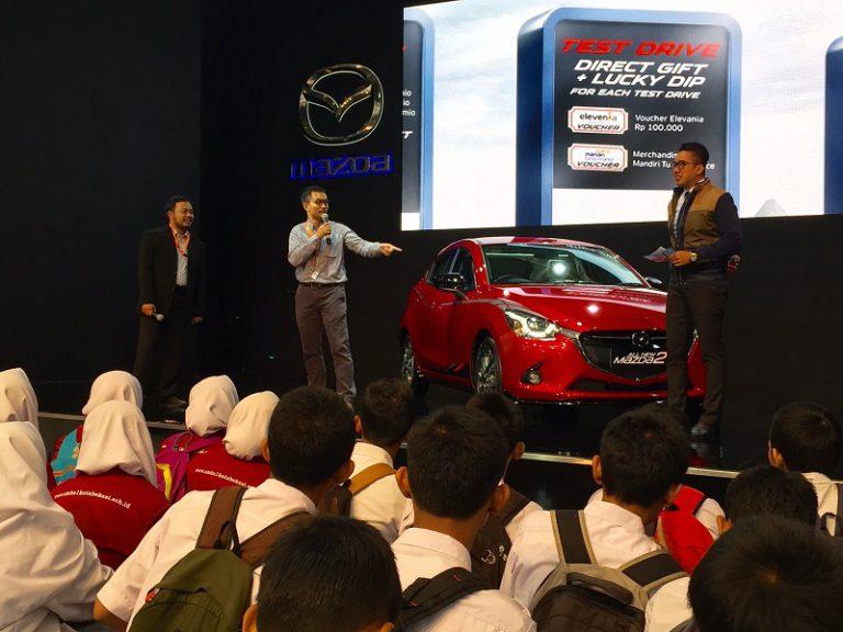 Mazda Pamer Teknologi SKYACTIV Saat Acara Student's Day di GIIAS 2015