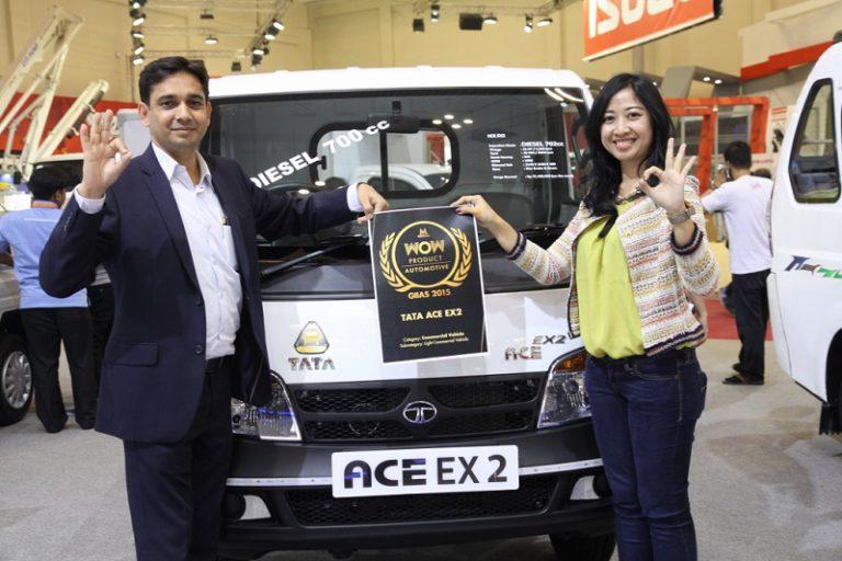 "Tata ACE EX2 Raih Penghargaan ""WOW PRODUCT – Automotive – GIIAS 2015"""