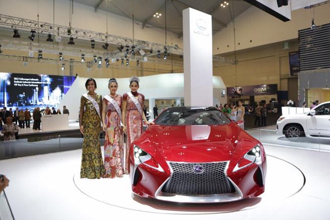 Mobil Konsep Lexus Pukau Pengunjung Booth Lexus