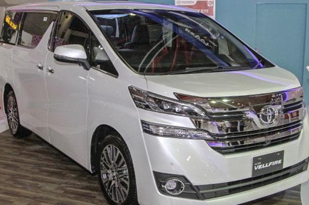 Toyota New Vellfire Terpilih Sebagai Best of MPV di IIMS 2015