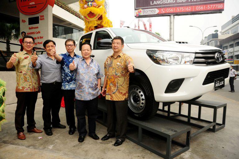 All New Toyota Hilux Hadir di Pulau Borneo