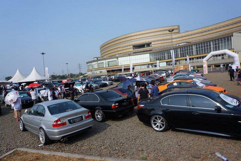 Ratusan Mobil BMW Meriahkan Ajang Shell Helix Present Indonesian Bimmerfest 2015
