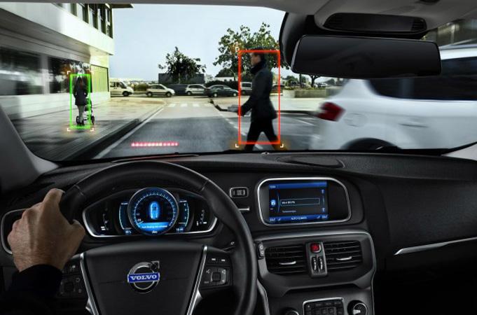 Automatic Emergency Braking Direncanakan Menjadi Standar Baru untuk Setiap Mobil