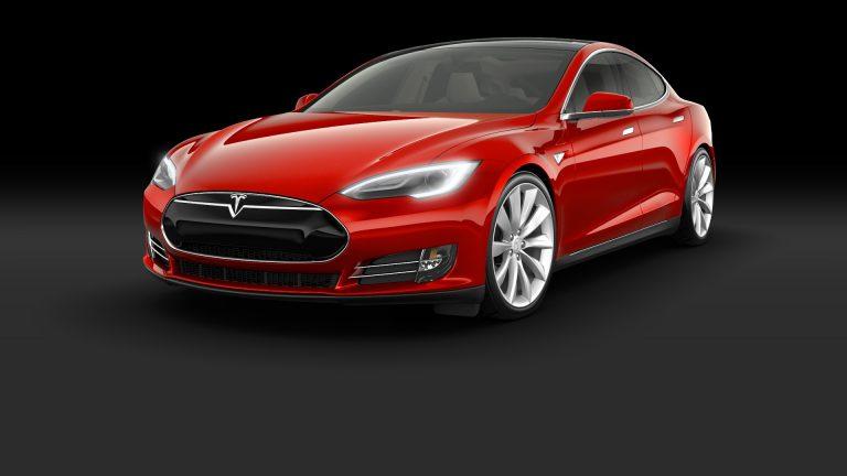 CEO Tesla: 2017, Mobil Tesla Bisa Tempuh 1.000 Km