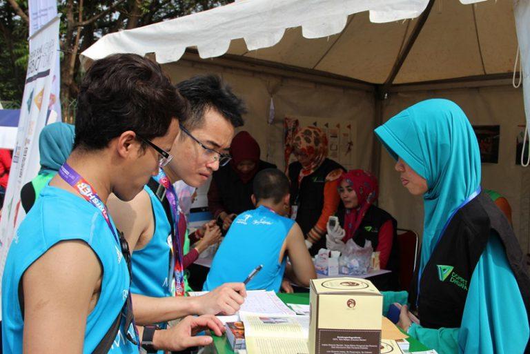 Via Aplikasi Phiruntropy, Peserta Mandiri Jakarta Marathon 2015 Diajak Berdonasi untuk Kemanusiaan