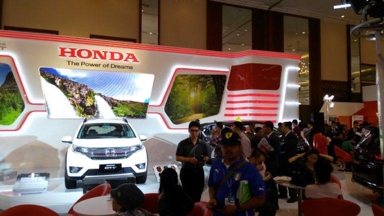 Jakarta Auto Show 2015 Berhasil Jual 915 Unit Kendaraan