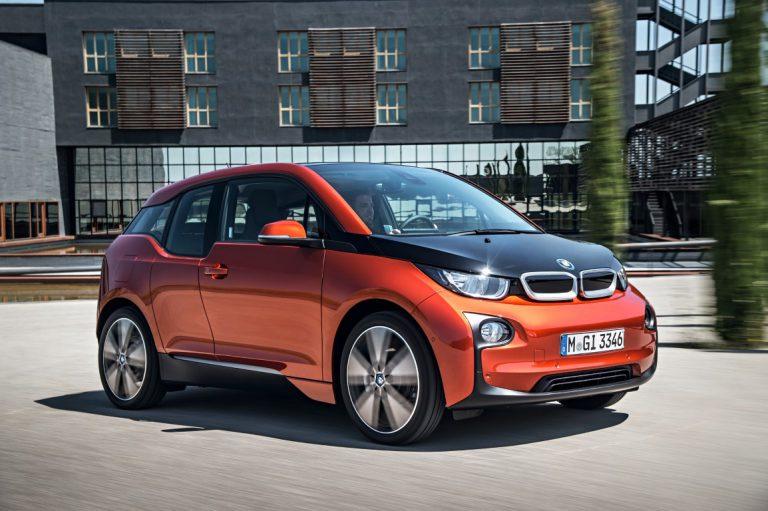 Berkat Baterai Baru, BMW i3 Sanggup Tempuh 200 Kilometer