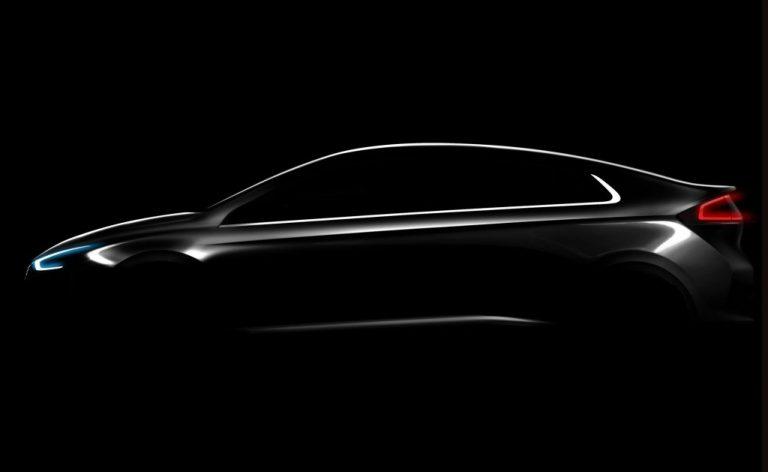 Hyundai Ioniq Siap Saingi Toyota Prius di Ranah Mobil Hybrid