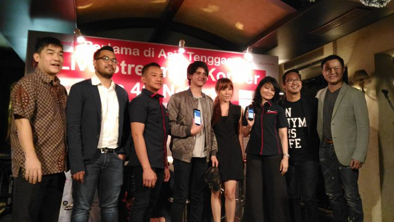 iShow Gandeng Smartfren Buat Gebrakan Konser Aliando di Surabaya