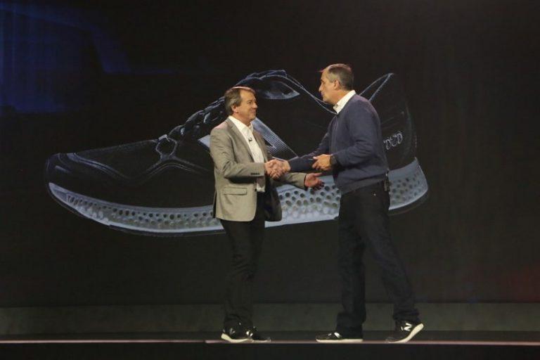 Gandeng Intel, New Balance Akan Produksi Smart Wearable untuk Atlet