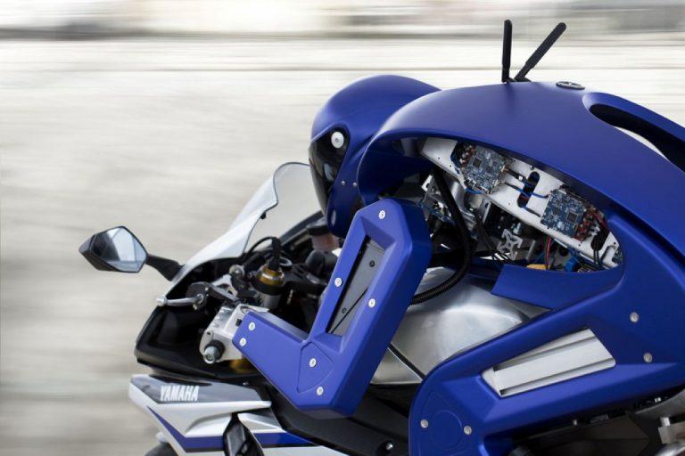 Yamaha Kerjasama dengan SRI International agar Motobot Bisa Kalahkan Rekor Rossi