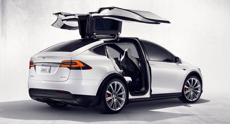Pintu Model Sayap Elang Bermasalah, Tesla Gugat Perusahaan Asal Jerman