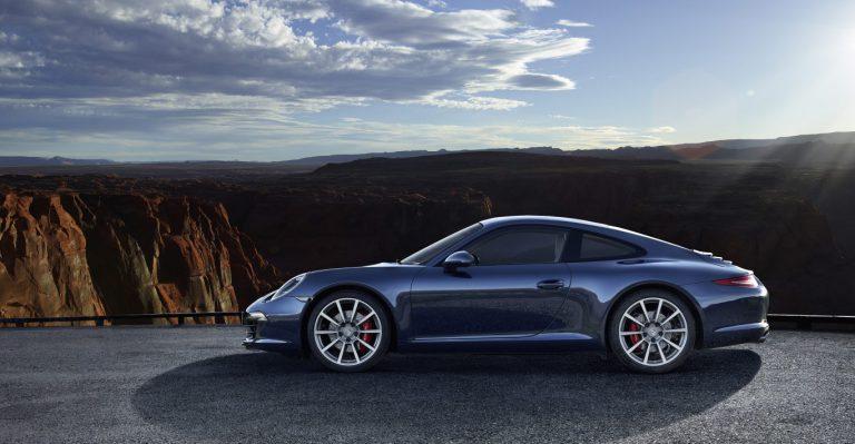 Porsche Masih Jauh dari Mobil Otonom