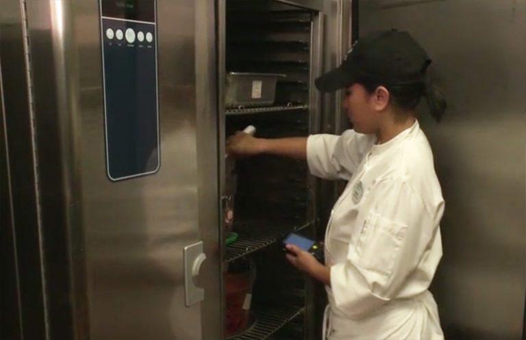 Zebra dan iCertainty Bantu Disney CHEFS untuk Tingkatkan Keamanan Makanan secara Real-time