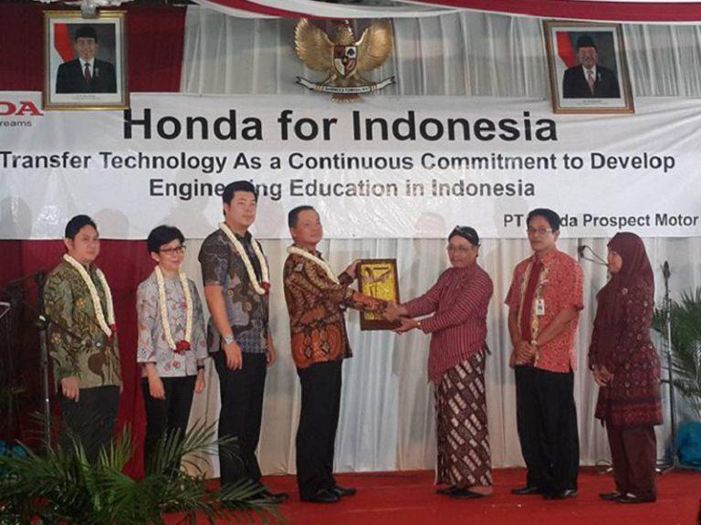 Kerjasama dengan SMKN 3 Yogyakarta, Komitmen Honda Lahirkan Teknisi Handal
