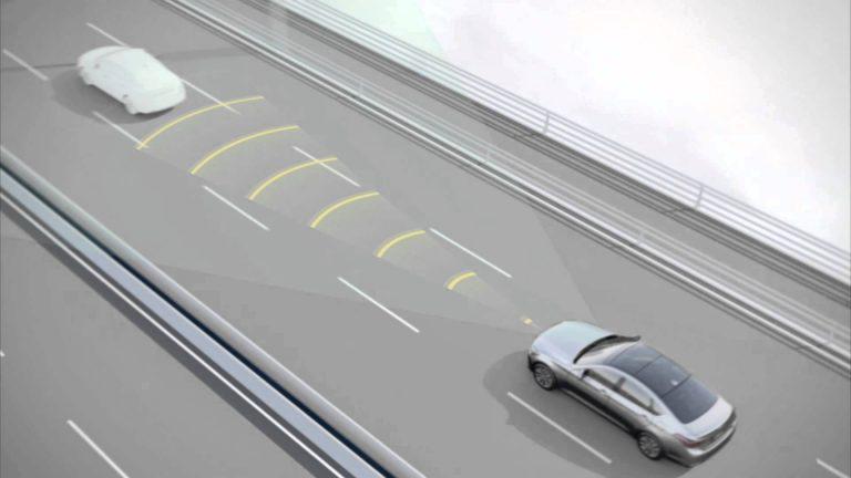 Sejumlah Pabrikan Mobil akan Membuat Automatic Emergency Braking System Menjadi Fitur Standar di 2022