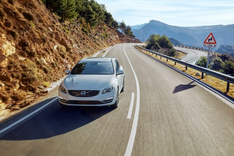 Volvo Perkenalkan Varian S60 dan V60 Special Edition