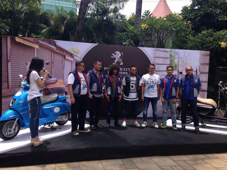 Garansindo Mulai Serahkan Peugeot Sooters Kepada Konsumennya di Indonesia