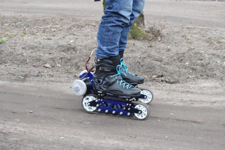 Pria Polandia Ini Ciptakan Rollerblade Elektrik untuk Alat Transportasi