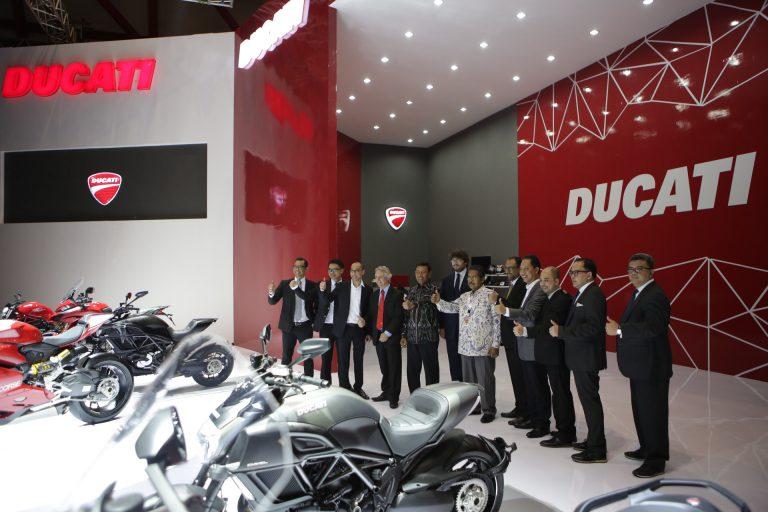Ducati Indonesia Berhasil Jual 52 Unit Motor di Ajang IIMS 2016
