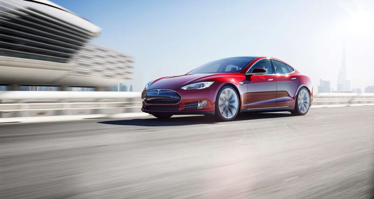 Tesla Motors Akan Produksi 500 Ribu Unit Per Tahun di Tahun 2018
