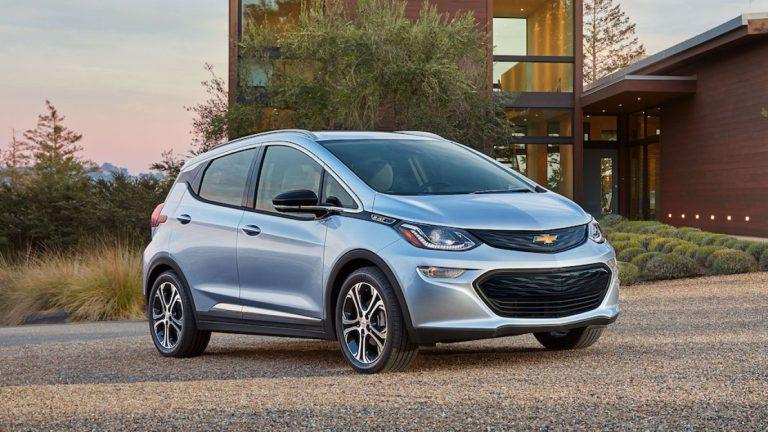 Tahun Depan GM dan Lyft Akan Sediakan Layanan Taksi Otonom On Demand