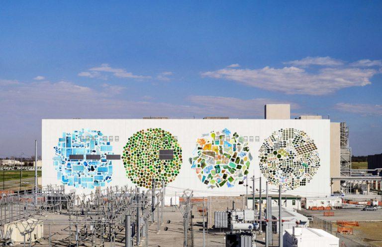 Data Center Mural Project: Sentuhan Artistik untuk Gedung Data Center Google