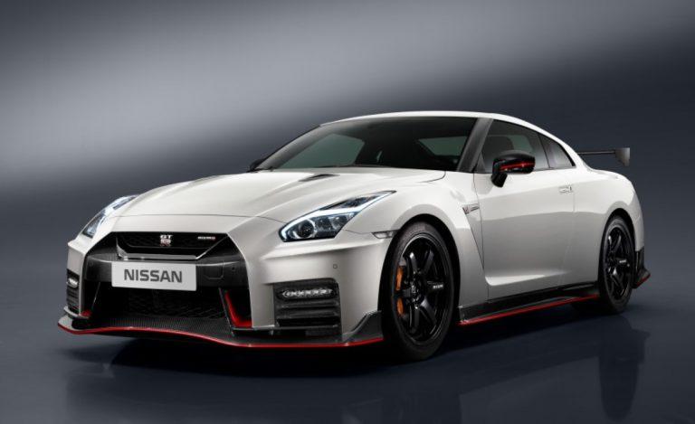 Nissan GT-R NISMO 2017: Mesin Tetap, Interior Lebih Ciamik