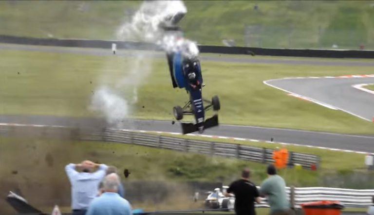 Berkat Fitur Keselamatan, Pebalap F3 ini Lolos dari Keelakaan Fatal