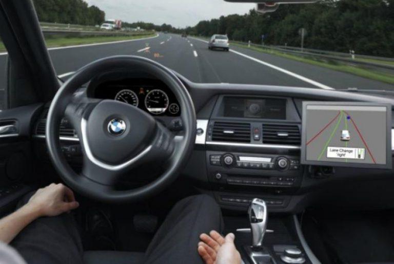 BMW Alihkan Fokus dari Kendaraan Listrik ke Otonom