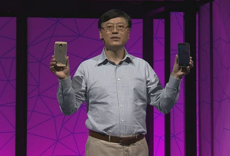 Dua Smartphone Premium Lenovo Usung Konsep Modular 'Moto Mods' Inovatif