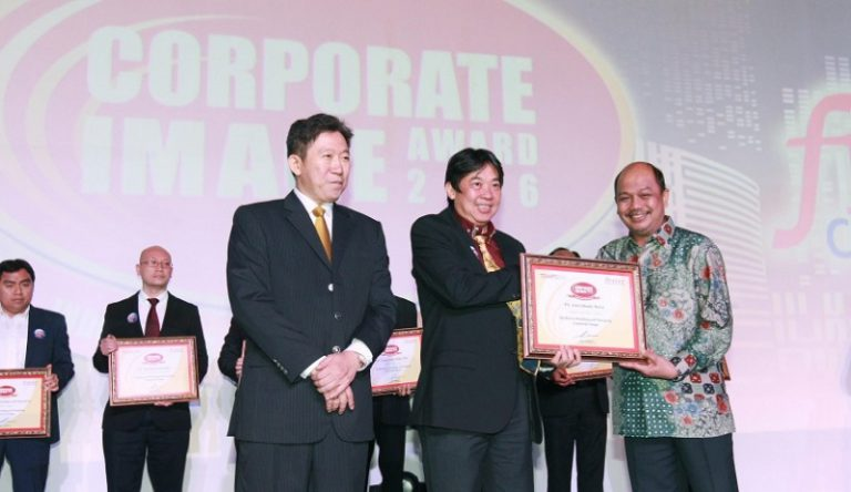 Raih Penghargaan IMAC 2016, Honda Dinobatkan Sebagai Perusahaan Terpercaya