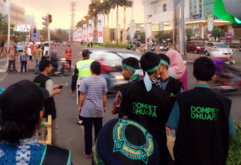 Meriahkan Ramadhan, Dompet Dhuafa Ajak Komunitas Vario untuk Sebar Takjil