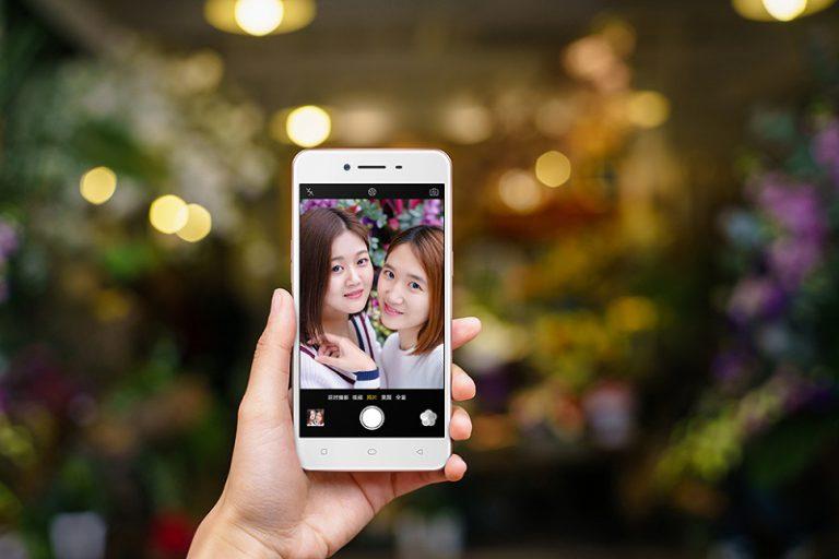 Manjakan Pecinta Foto Selfie, OPPO Perkenalkan OPPO A37