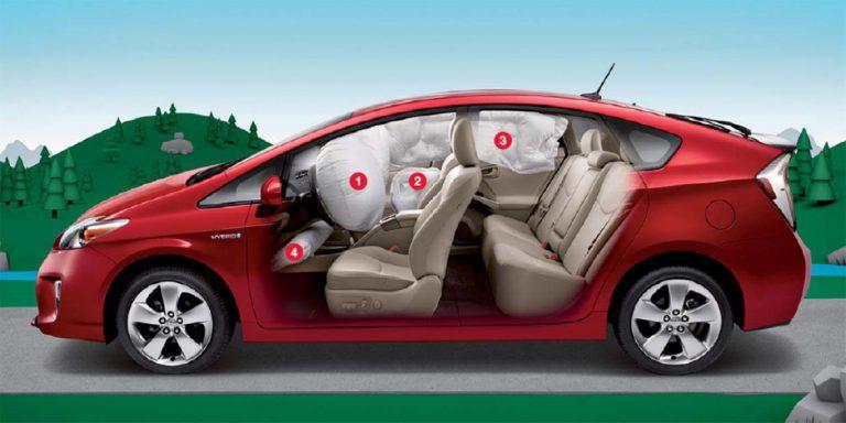 Airbag Bermasalah, Toyota Tarik 482 Ribu Kendaraan Hybrid Miliknya