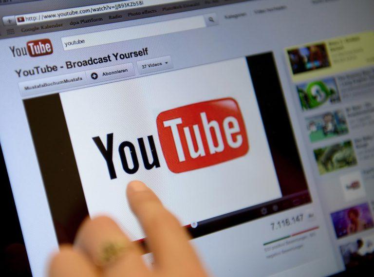 Survei: Rata-rata Remaja Habiskan 3 Jam Menonton YouTube