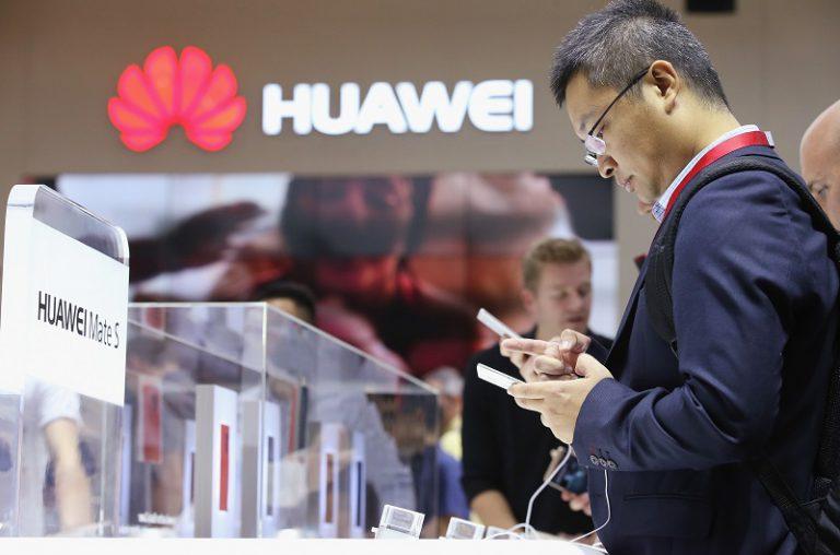Pendapatan Semester Pertama Naik 40%, Huawei Terus Kejar Samsung dan Apple