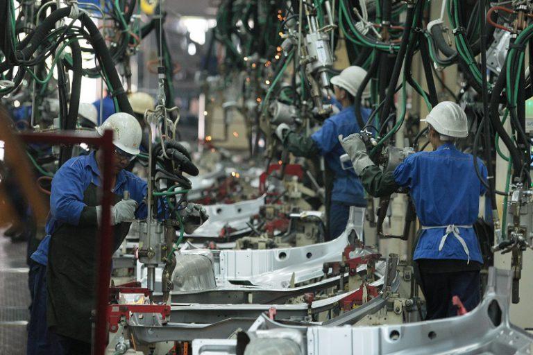 Masih Pandemi, Penjualan Mobil Tanah Air Turun Lebih dari 50 Persen. ASEAN Hampir 40 Persen