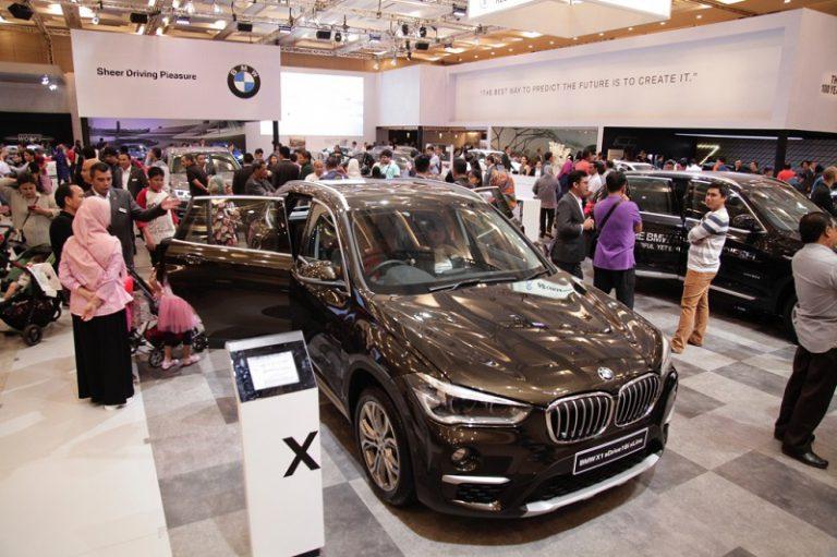 BMW Group Pavilion di GIIAS 2016, Gambarkan Kemeriahan 100 Tahun BMW