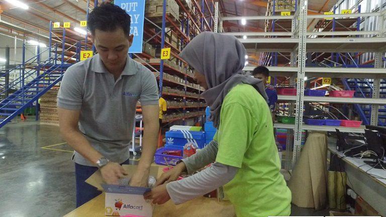 Meriahkan Hari Pelanggan Nasional 2016, Alfacart.com Terus Perlihatkan Komitmennya