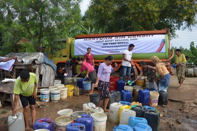 Kembali Gelar CSR, Hankook Tire Indonesia Bagi-bagi Air Bersih Gratis